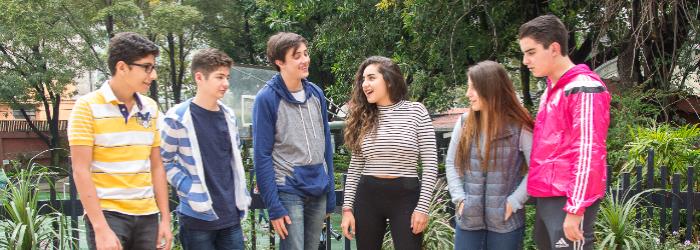 escuelas-preparatorias-privadas-CDMX-importancia-amistad