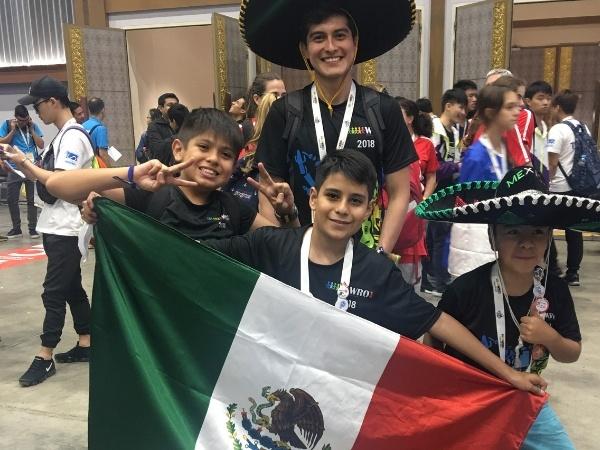alumno-colegio-williams-triunfa-mundial-robotica2
