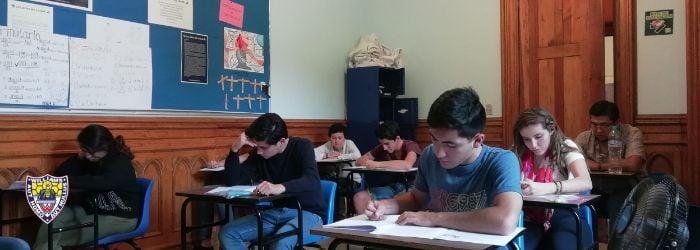 alumnos-colegio-williams-sesion-diploma-ib-1