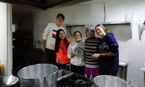 alumnos-realizan-viaje-colombia-programa-cas-1