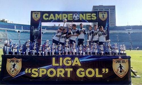 6-campeonatos-resultados-alumnos-futbol-2