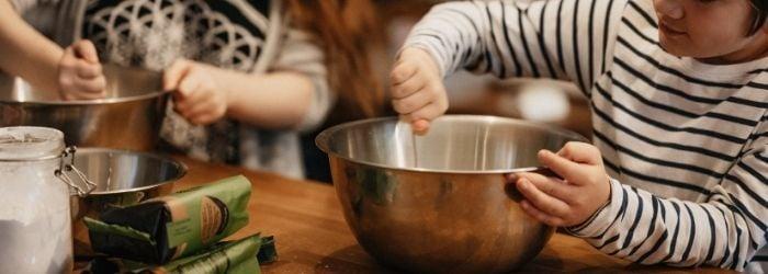 cosas-aprenden-ninos-al-cocinar-1