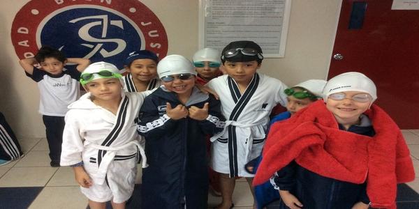colegio-williams-primera-competencia-natacion-kids.png