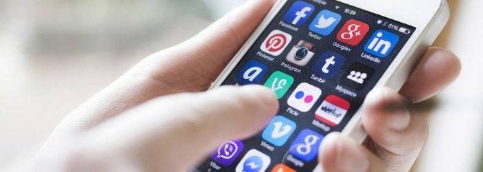 cuales-son-peligros-redes-sociales-adolescentes
