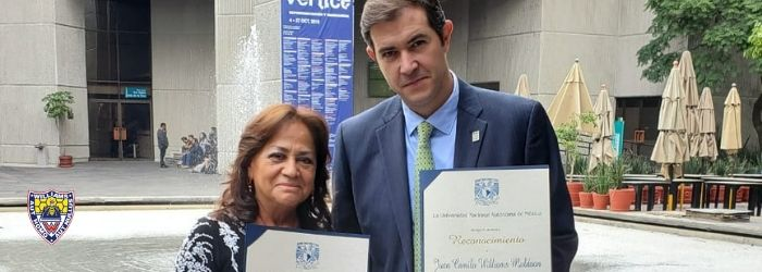 director-academico-y-profesora-reciben-reconocimiento-unam-2
